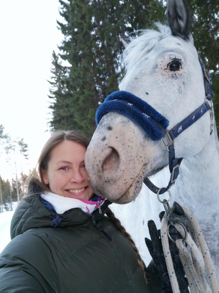 Oleminen hevosen kanssa, miksi se on tärkeää?